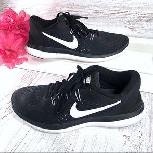 Nike Flex RN Run 2017 black & white sneakers